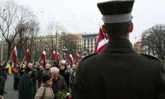 ПРЗ и премьер осудили заявление Дзинтарса о 16 марта